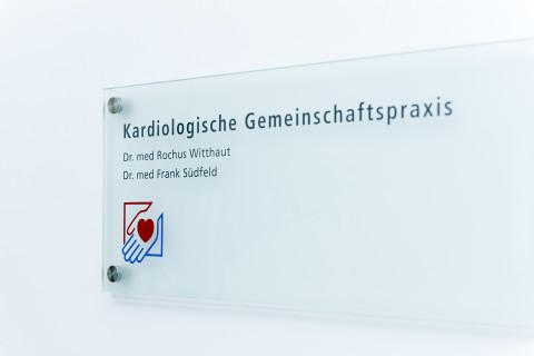 KardPraxWitthautSuedfeld_320